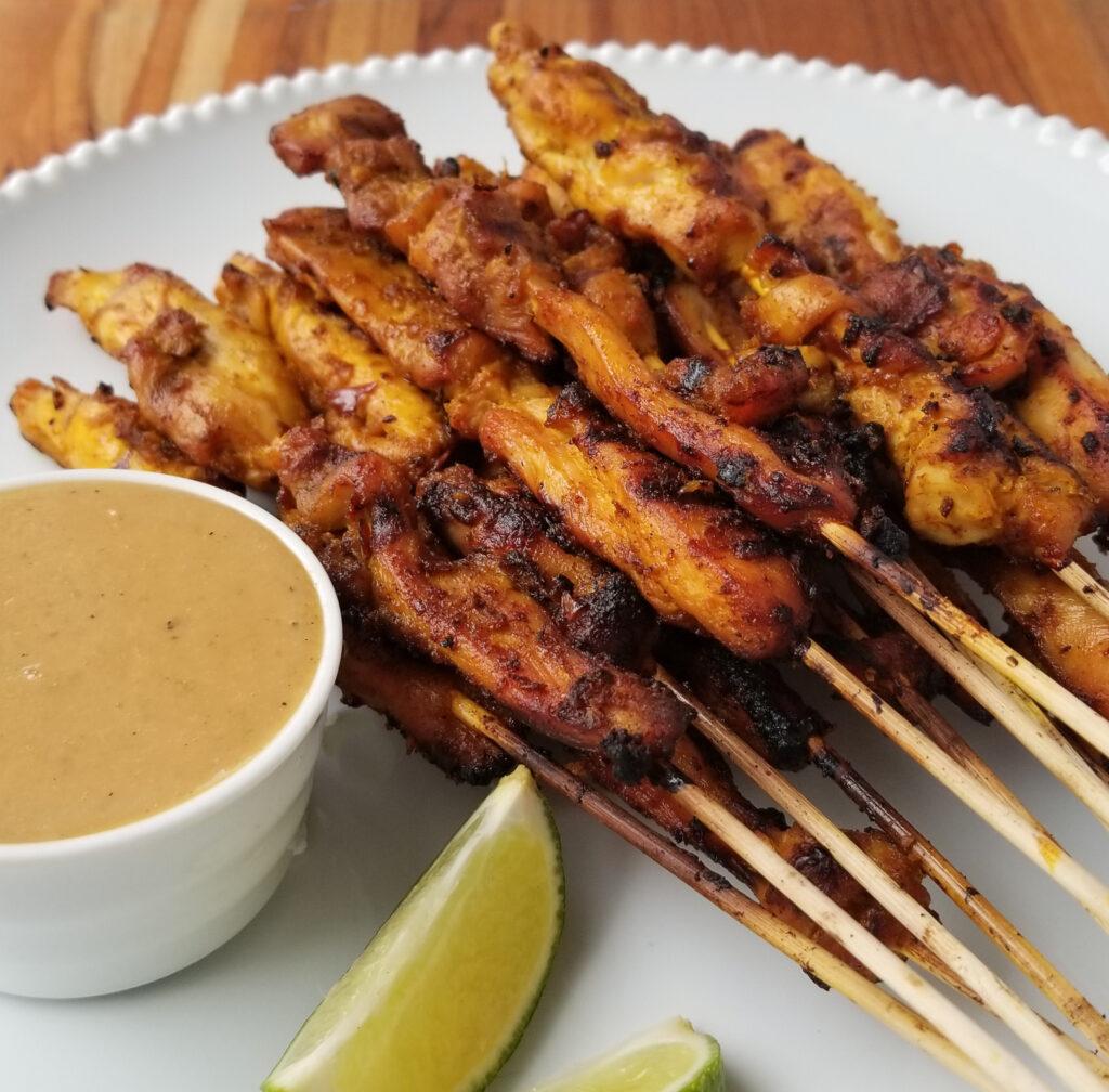 chicken satay skewers with peanut sauce