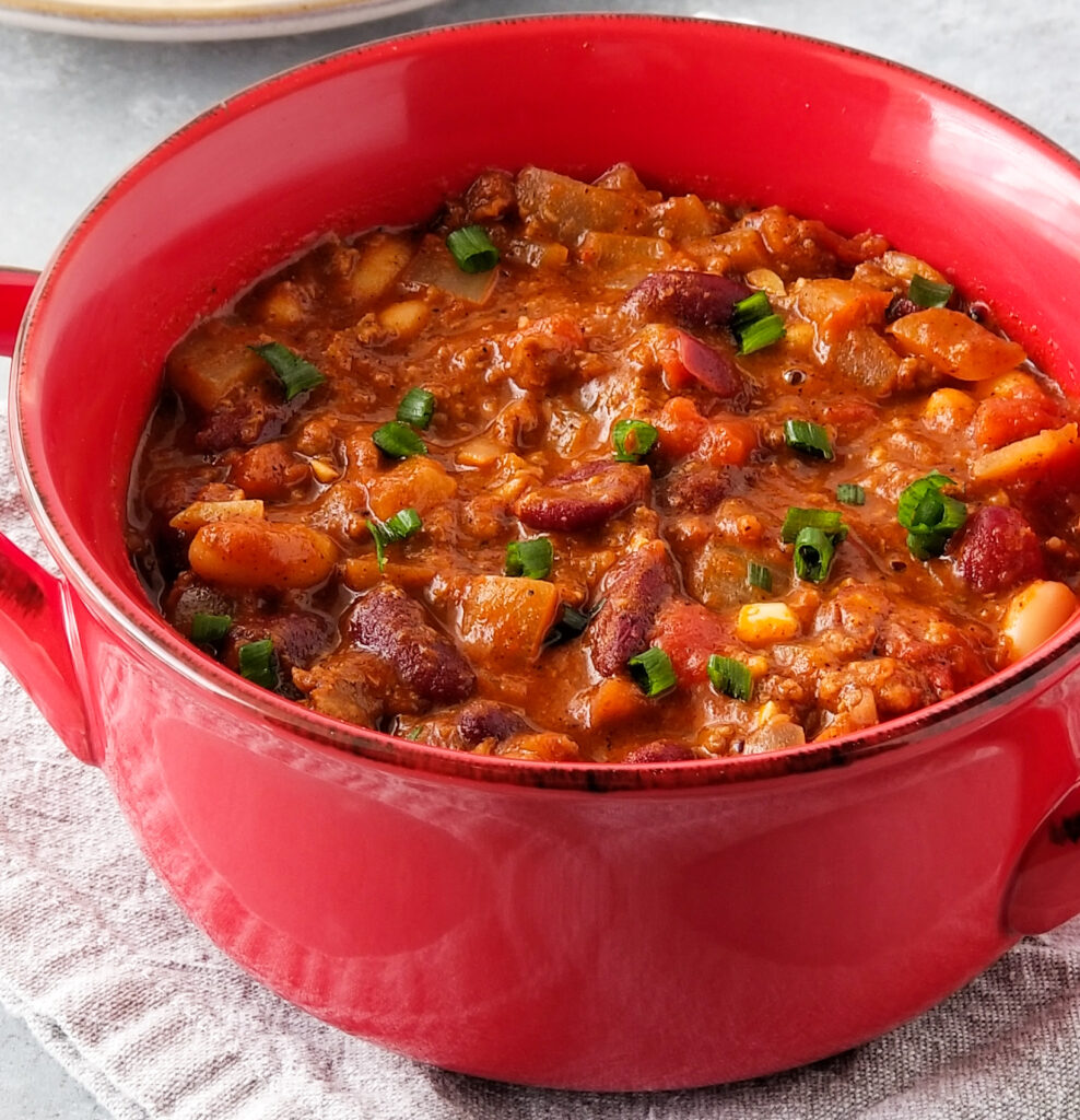 slow cooker ground beef chili