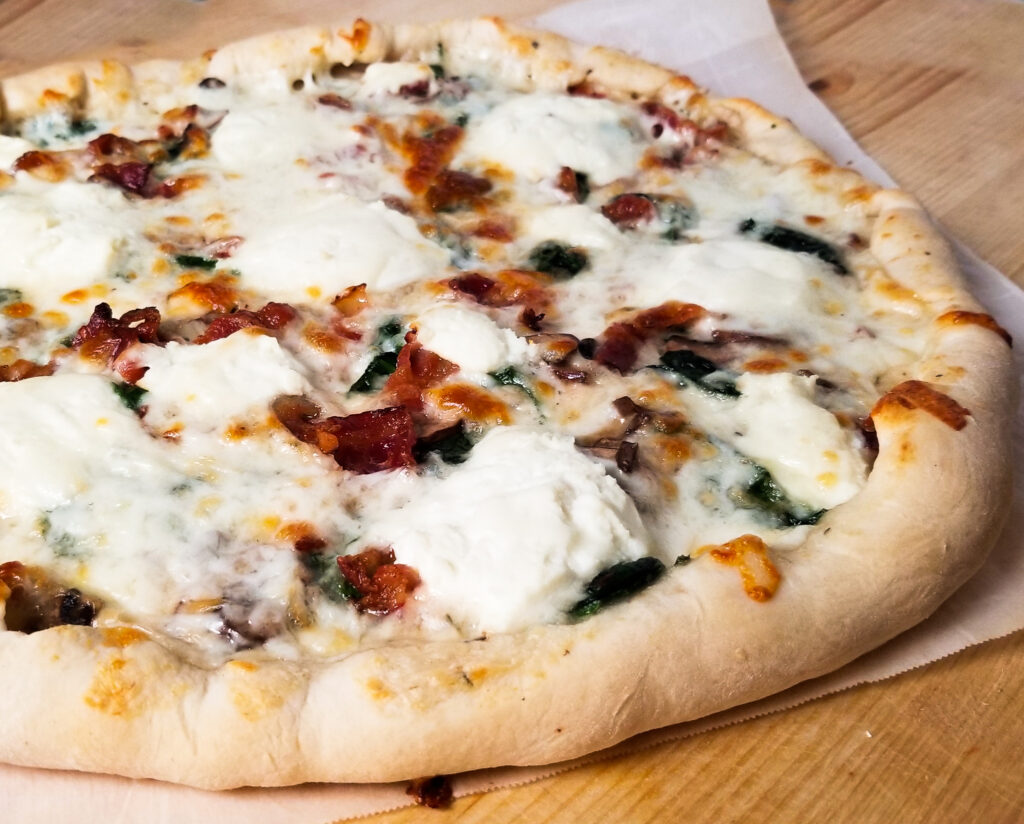 pizza with bacon and ricotta