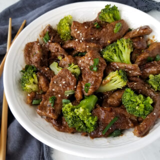 broccoli beef in white bowl